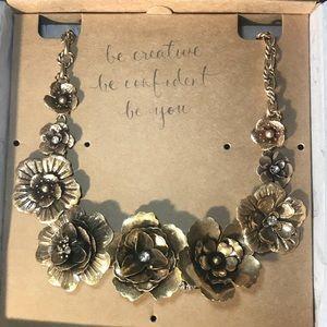 Flores De Oro Statement Necklace